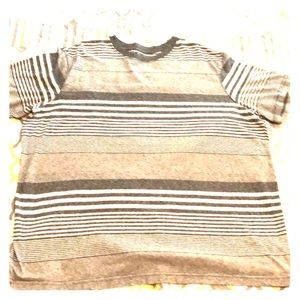 Great grey stripped t shirt